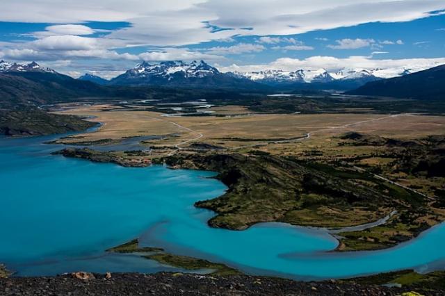 parco-nazionale-torres-del-paine-azzurro-turchese-lago-toro