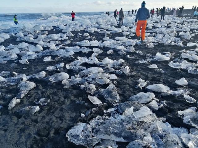 Diamond-beach-islanda