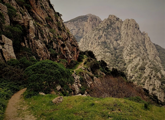 montagne-del-sud-sardegna-linas-margiani-cammino-di-santa-barbara-trekking