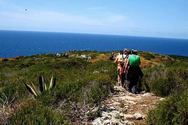 giannutri-isola-arcipelago-toscano-viaggio-in-barca-a-vela-trekking