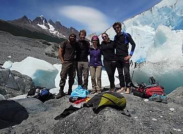 trekking-in-patagonia-torres-del-paine-ghiacciaio-grey