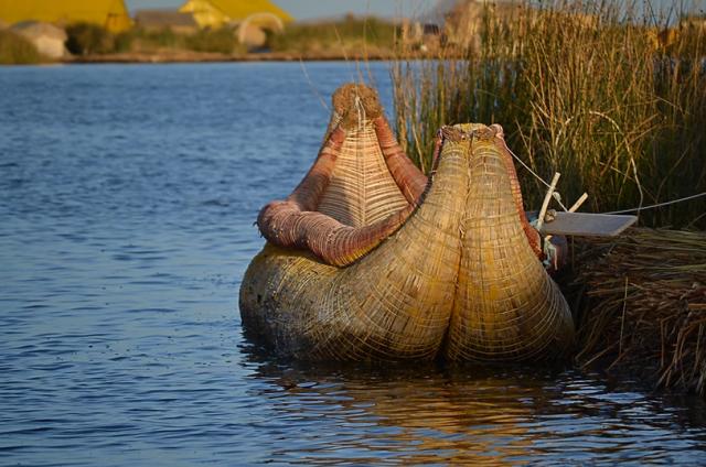 viaggio-in-peru-lago-titicaca-isole-uros