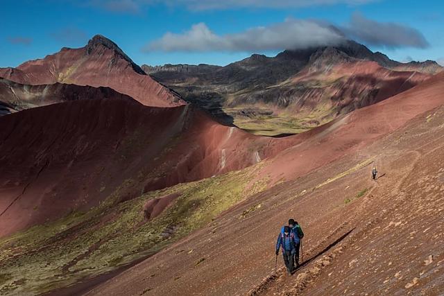 Montagne-arcobaleno-in-peru-ausangate-altitudine