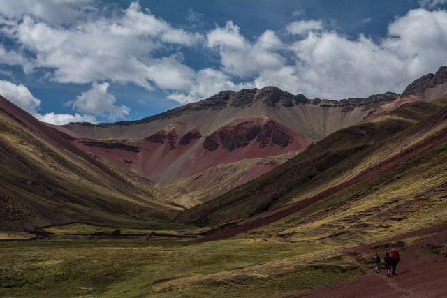 valle-rossa-primo-giorno-trekking-in-peru-ausangate